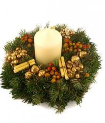 Festive Gold Wreath with big fat white candle.JPG