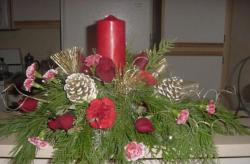Flower for christmas with red candle.JPG