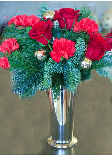Red christmas flower centerpieces pic.JPG