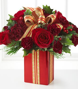 Christmas Bouquet With Red Roses And Flowers ImagePNG
