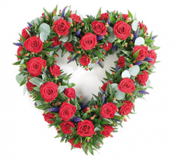 Heart shape flowers on valentines day pictures.PNG