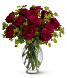 Bouquet valentines day with red roses and green flowers.PNG