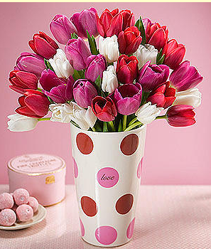 Colorful Tulips Valentine Day Bouquet With CandyPNG