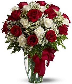 Red and white roses valentine flowers with tiny white flowers arrangement.PNG