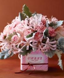 Trendy looking Valentines day flowers gift with pink flowers.JPG