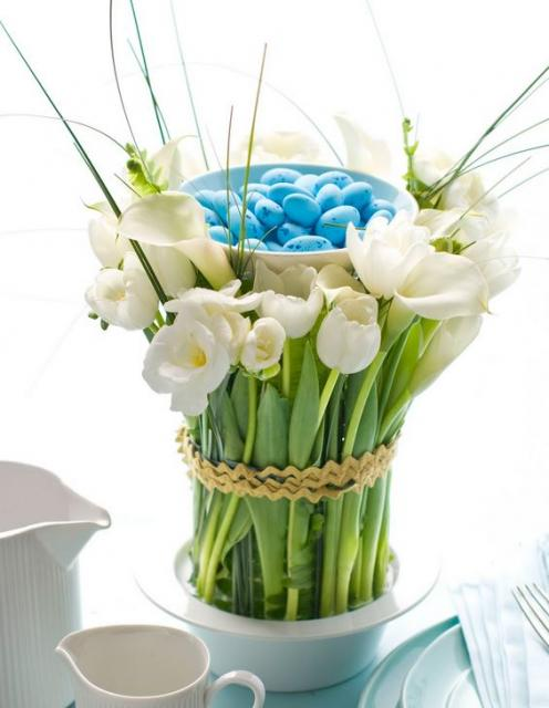 Modern Easter flowers arrangement photos with white flowers and blue Easter eggs.JPG