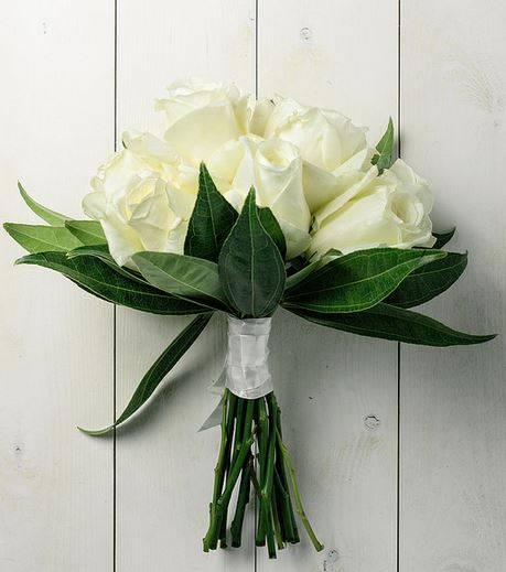 Simple Wedding Bouquet Of Flowers: Simple Wedding Bouquet With Rose White And Green Leaves.JPG