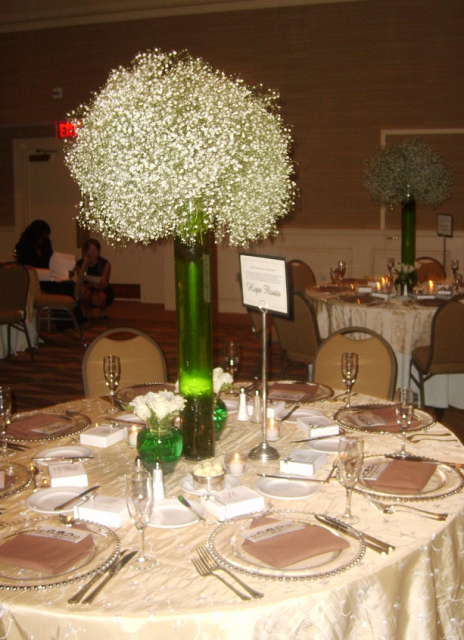 Elegant wedding settings picture with small white flowersg mightylinksfo