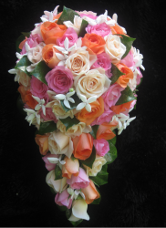 Big wedding bouquet pictures.PNG