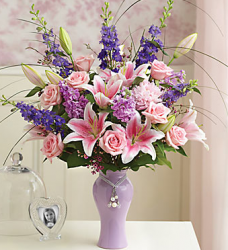 Purple and pink lilies love bouquet picture.PNG