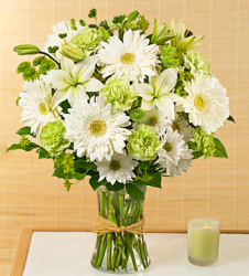 White and green flowers gifts photo.PNG