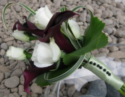 Modern bridesmaid bouquet pictures.PNG