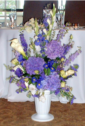Hydrangea and calla altar arrangement pictures.PNG