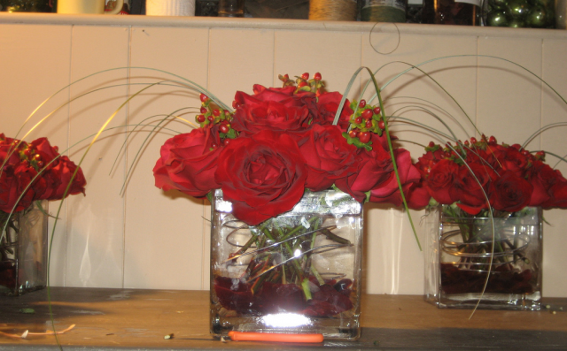 Picture of short centerpiece with red roses hi res p hd