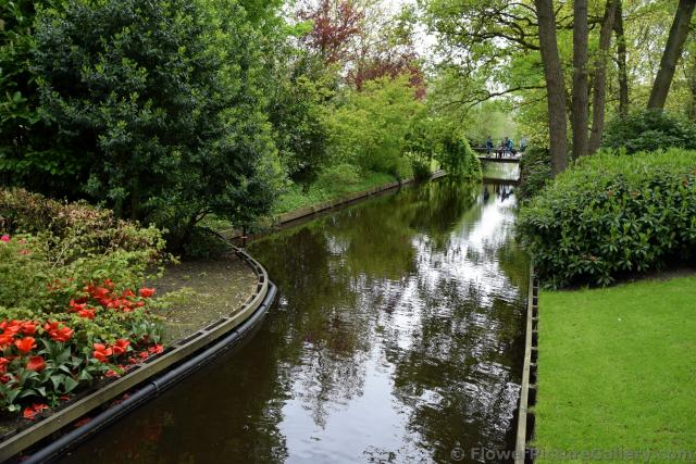Stream & Bridge @ Keukenhof Gardens.jpg