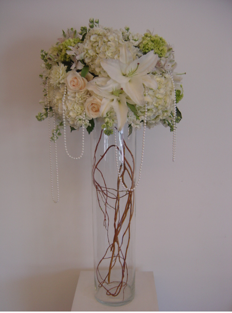 tall white and burgundy centerpiece.PNG