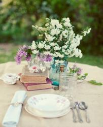 Summer table decoration pictures.JPG