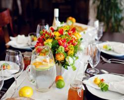 Summer wedding reception table decoration ideas pictures.JPG