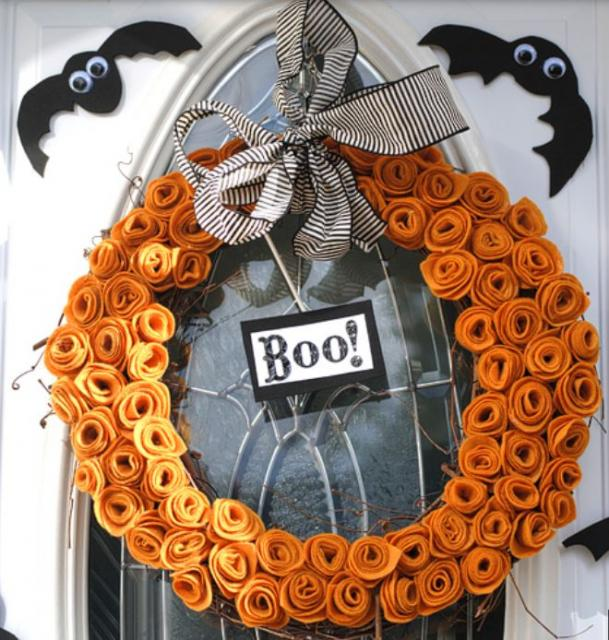 Beautiful halloween wreath picture.JPG