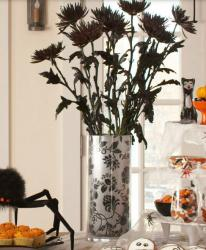 Halloween black flower centerpiece photo.JPG