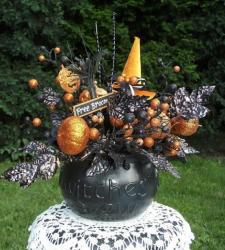 Witch theme centerpiece ideas images.JPG