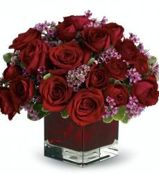 Dark red roses valentines centerpieces pictures