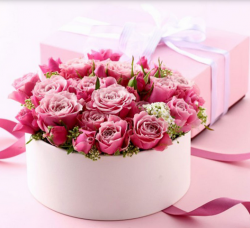 Hot pink roses valentines day arrangement picture