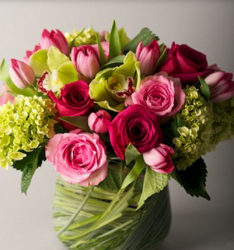 Newest valentines day bouquet with hot pink flowers
