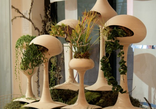 Photo of Futuristic Alien-Like Planters Golly Pods by Tend.PNG