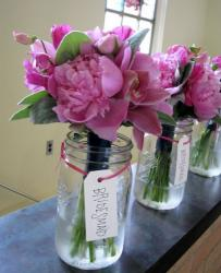 Hot pink bridesmaids bouquets