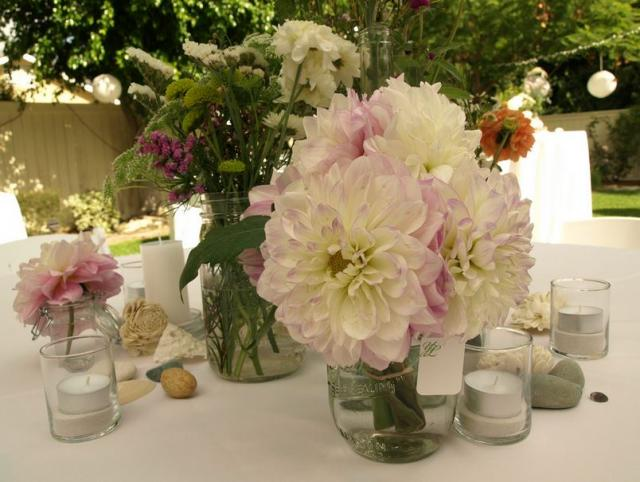Natural flowers perfect for simple yet beautiful wedding arrangements