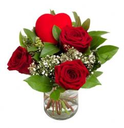 Cute Valentine's Day Red Roses Bouquet with a Heart Decor