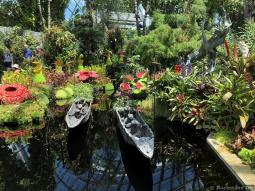Canoe Sculptures at Lost World
