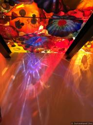 Lights Display of Glass Sculpture Ceiling