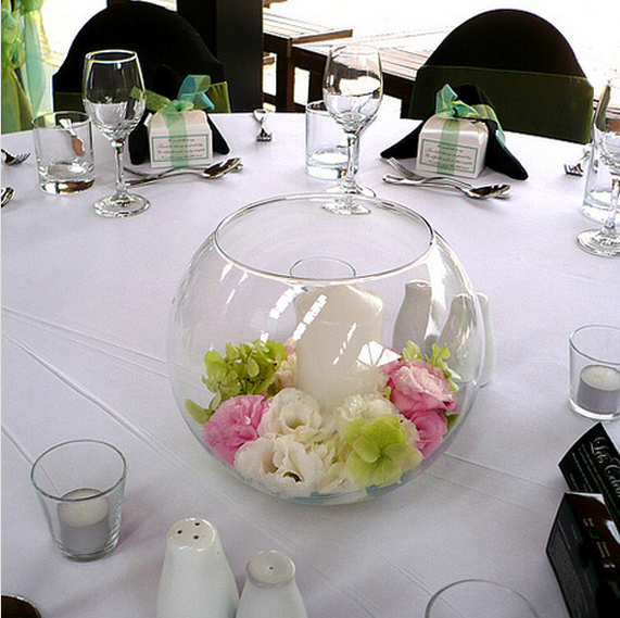 Round glass wedding centerpiece ideas photo.