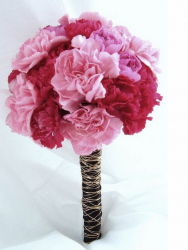bouquet pink red carnation.PNG
