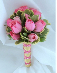 bouquet pink rose pit.PNG