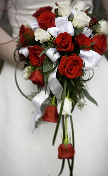 Red And White Rose Wedding Flowers Pitures For Bridesg 1 Comment