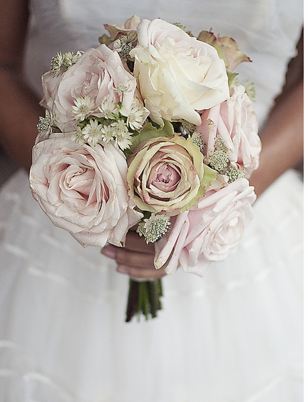Vintage Bridal Bouquet with white and light roses.PNG