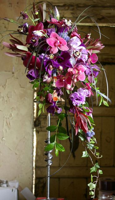 Big Long Wedding Bouquet Pictures Png