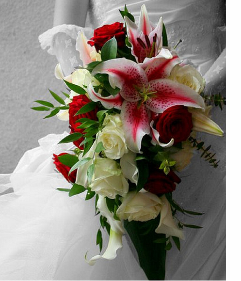 Classic Lilies Flowers Bouquet For Weddings.PNG