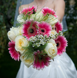 Pretty wedding bouquets pictures.PNG