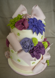 Realistic looking floral cake pictures.PNG