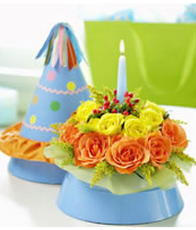 Party hat with fresh flowers decor.PNG
