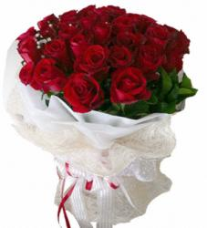 24-red-roses-flower-arrangement