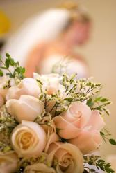peach roses Wedding bouquet.jpg