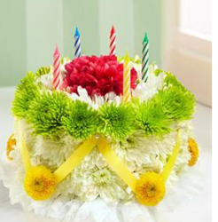 Fresh flowers birthday cake pictures with candles