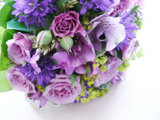 lilac+bridal+bouquet+in+purple.jpg