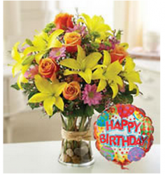 Pictures of fresh flowers birthday gift with bright colors bouquet.PNG