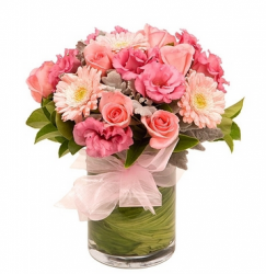 2013 birthday flowers gift with a chic look in pink color and red leaves.PNG